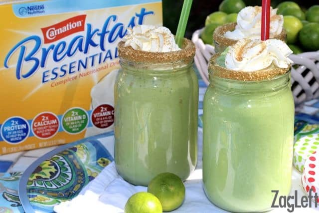 Key Lime Pie Smoothie made with fresh spinach, avocado, lime juice and honey - ZagLeft